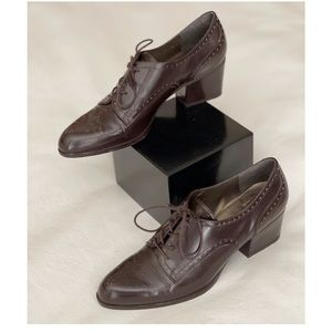 Stuart Weitzman Patent leather Oxford Lace Up Shoes Dark Brown Size: 7